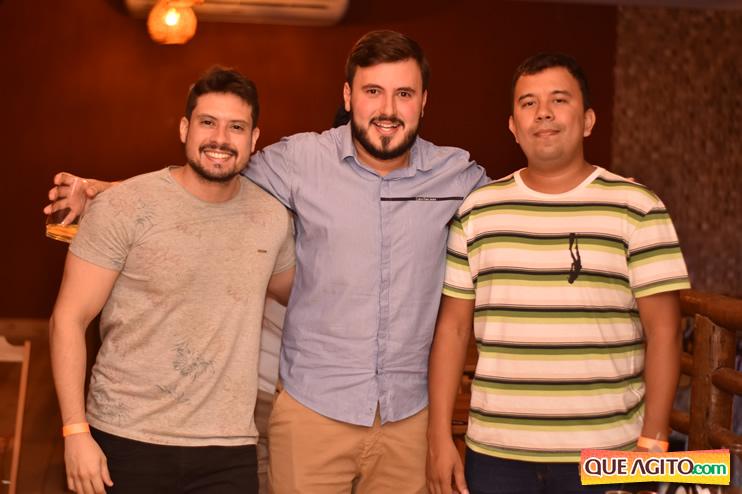 Eunápolis: Muita música boa com Fabiano Araújo e Juliana Amorim na Hot 75