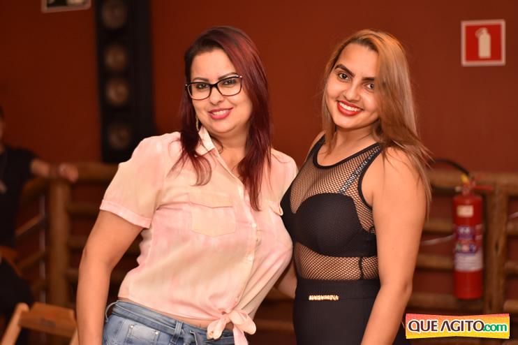 Eunápolis: Muita música boa com Fabiano Araújo e Juliana Amorim na Hot 72