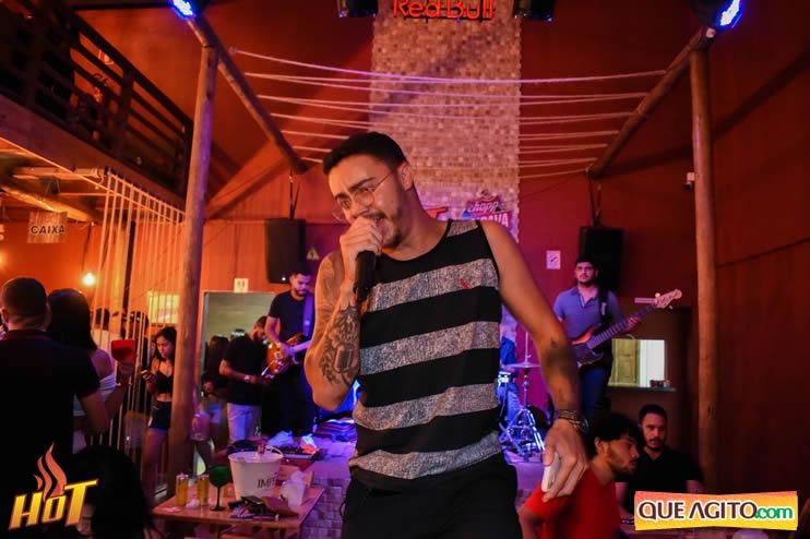Eunápolis: Noite de sexta muito agitada com Júlio Cardozzo na Hot 105