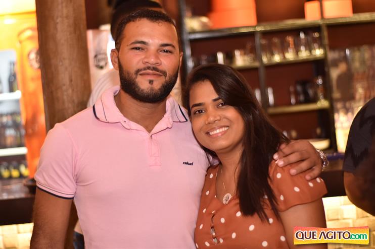 Eunápolis: Muita música boa com Fabiano Araújo e Juliana Amorim na Hot 69
