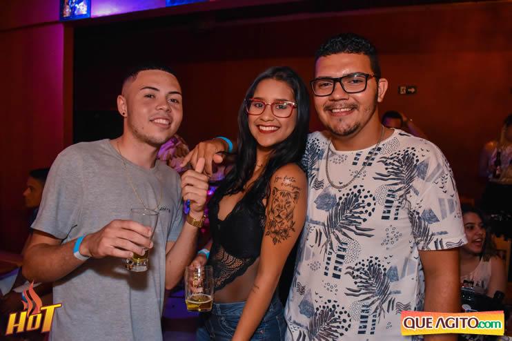 Eunápolis: Noite de sexta muito agitada com Júlio Cardozzo na Hot 109