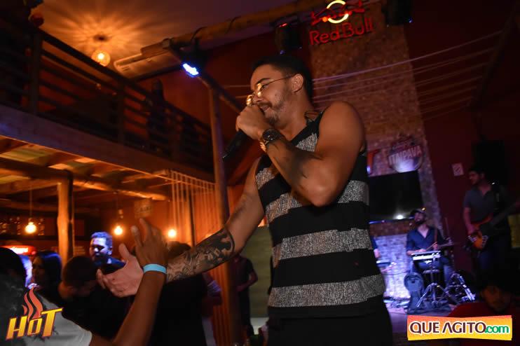 Eunápolis: Noite de sexta muito agitada com Júlio Cardozzo na Hot 113