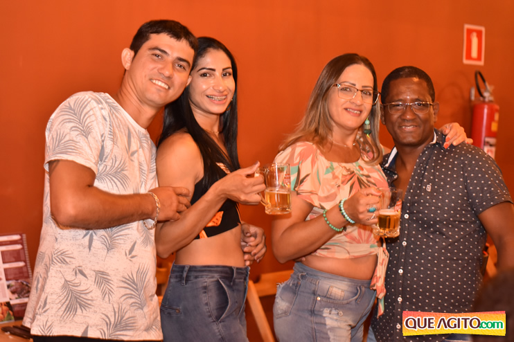 Eunápolis: Muita música boa com Fabiano Araújo e Juliana Amorim na Hot 62