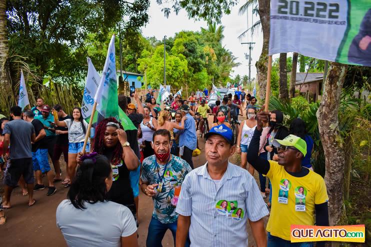 Candidato a vereador Adeilson do Açougue lança campanha com grande caminhada 103