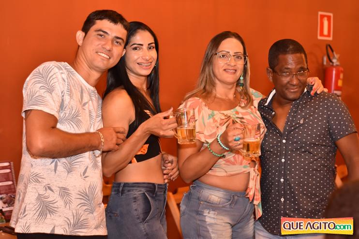 Eunápolis: Muita música boa com Fabiano Araújo e Juliana Amorim na Hot 59