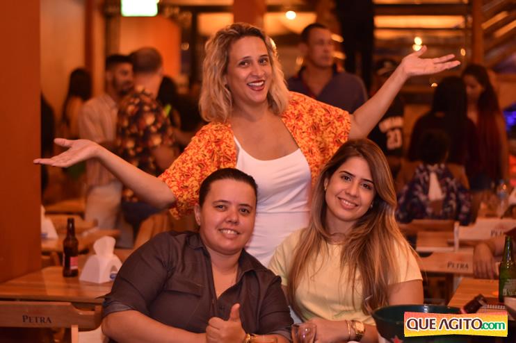 Eunápolis: Muita música boa com Fabiano Araújo e Juliana Amorim na Hot 63