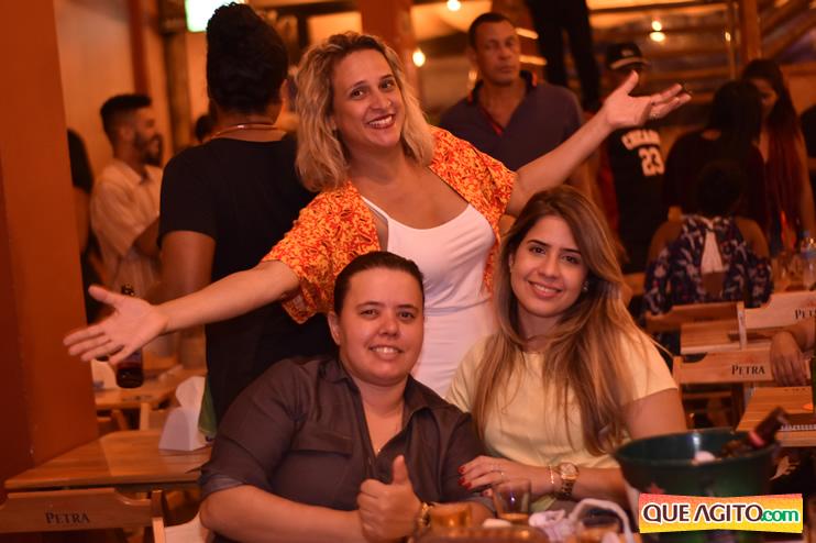 Eunápolis: Muita música boa com Fabiano Araújo e Juliana Amorim na Hot 57