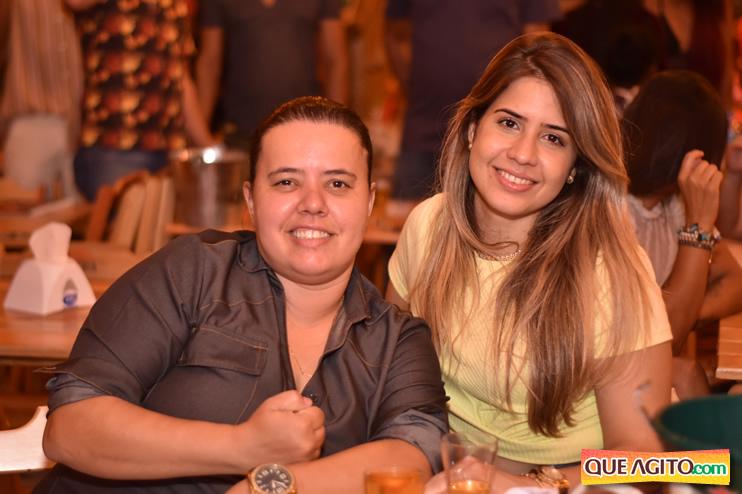 Eunápolis: Muita música boa com Fabiano Araújo e Juliana Amorim na Hot 56