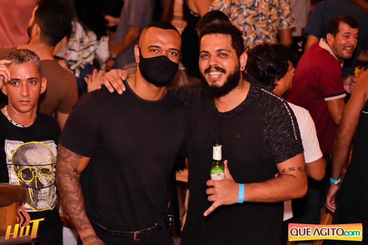 Eunápolis: Noite de sexta muito agitada com Júlio Cardozzo na Hot 117