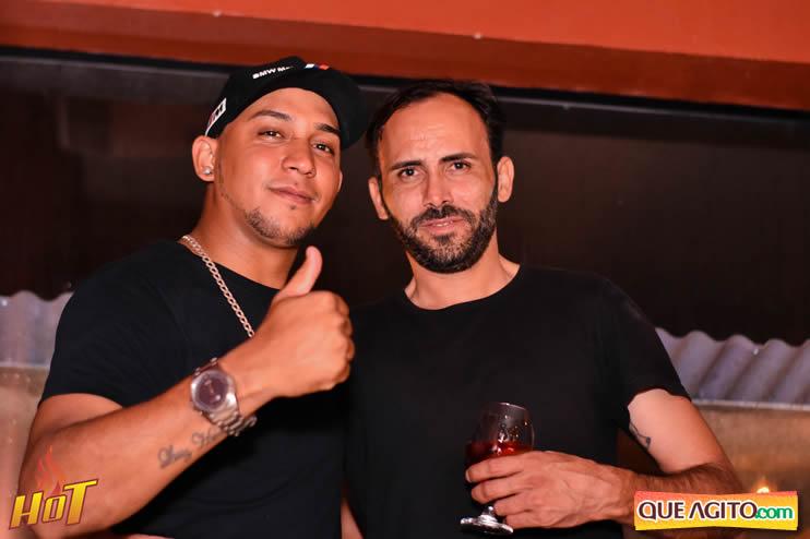 Eunápolis: Noite de sexta muito agitada com Júlio Cardozzo na Hot 119