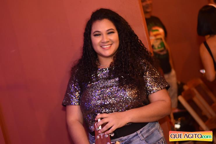 Eunápolis: Muita música boa com Fabiano Araújo e Juliana Amorim na Hot 52