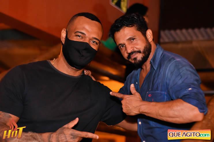 Eunápolis: Noite de sexta muito agitada com Júlio Cardozzo na Hot 124