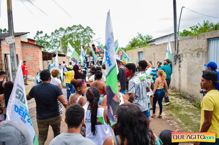 Candidato a vereador Adeilson do Açougue lança campanha com grande caminhada 113
