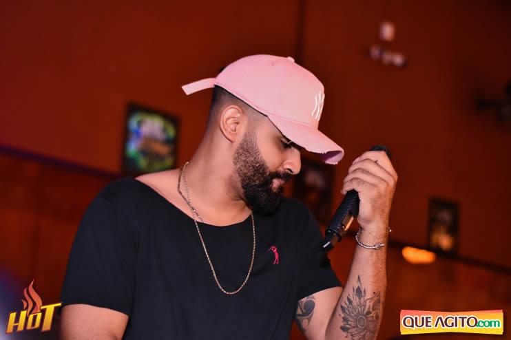 Eunápolis: Noite de sexta muito agitada com Júlio Cardozzo na Hot 127
