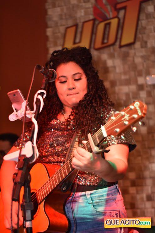 Eunápolis: Muita música boa com Fabiano Araújo e Juliana Amorim na Hot 33