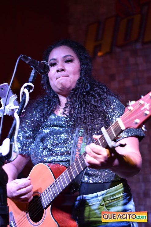 Eunápolis: Muita música boa com Fabiano Araújo e Juliana Amorim na Hot 30