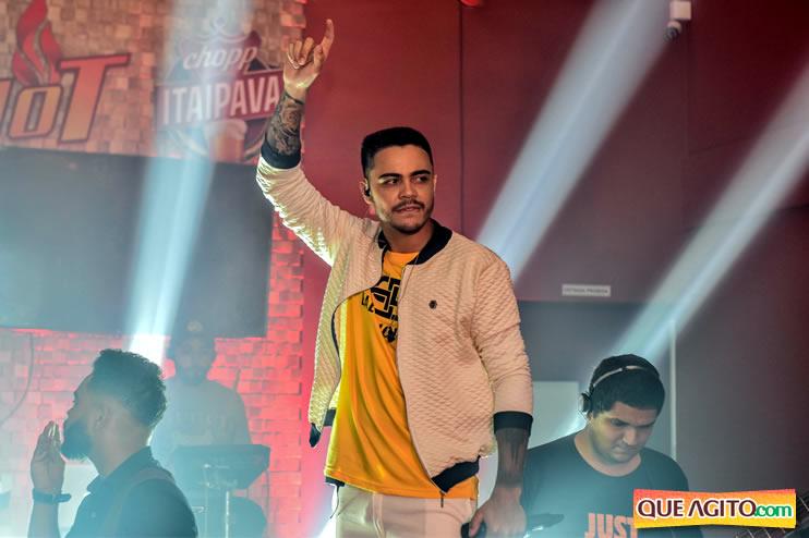 Julio Cardozzo retorna aos palcos e contagia público da Hot 118