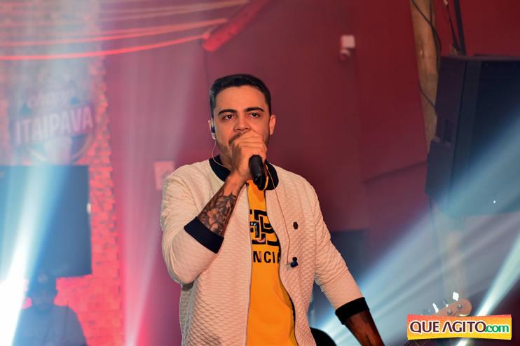 Julio Cardozzo retorna aos palcos e contagia público da Hot 119