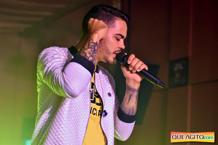 Julio Cardozzo retorna aos palcos e contagia público da Hot 129