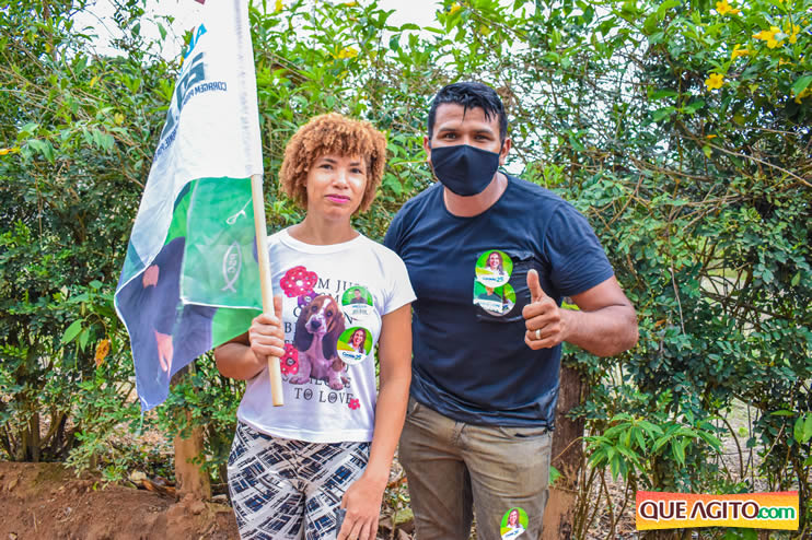 Candidato a vereador Adeilson do Açougue lança campanha com grande caminhada 177