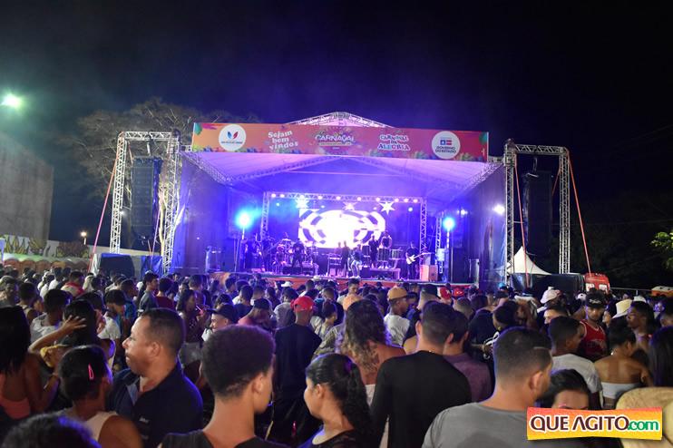 Simplesmente fantástico o show de Vinny Nogueira no Carnaval de São Félix do Coribe 2020 20