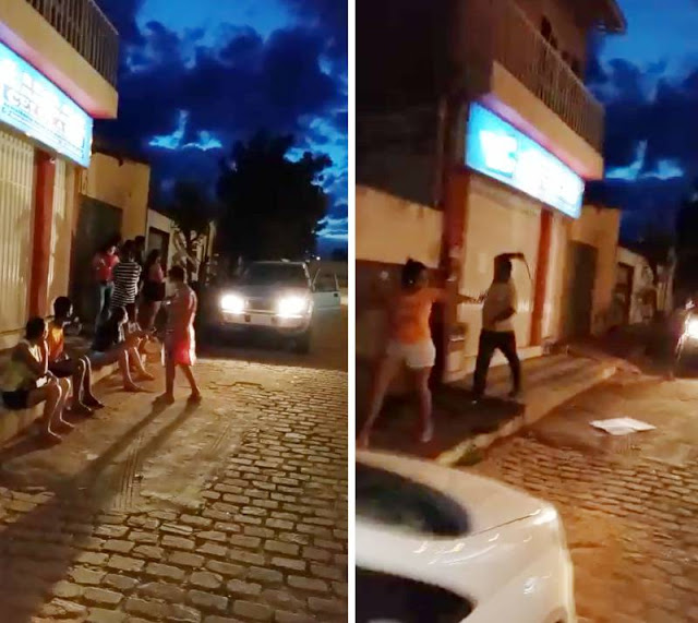 Prefeito de Barra do Mendes usa cinto para agredir moradores que protestavam na frente da casa dele 24