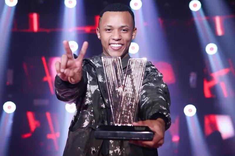 Teixeirense Victor Alves vence o The Voice Brasil e leva prêmio de R$ 500 mil 18