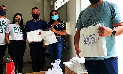 Sicoob/Eunápolis faz doação de 1200 máscaras e 600 aventais para uso dos profissionais de Saúde 16