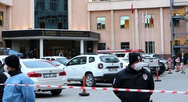 Coronavírus: ventilador pulmonar explode em hospital e mata nove na Turquia 18