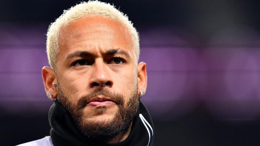 Neymar só renovará contrato se PSG fechar com Messi, diz jornal 18