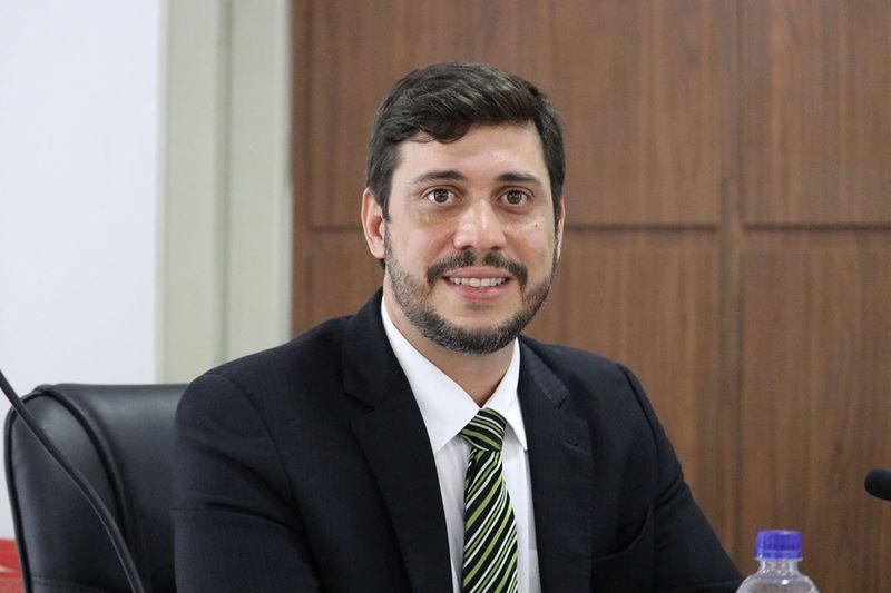 """""""Eu concluo a minha legislatura de cabeça erguida, tendo a convicção de que fiz um mandato exemplar"""". Disse Ramos Filho 20"""
