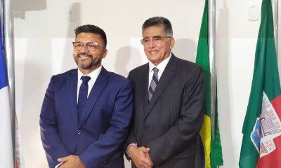 Jânio Natal e Paulinho Tôa Tôa tomam posse em Porto Seguro. 28