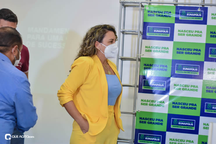 Cordélia Torres recebe ACM Neto em Eunápolis 33