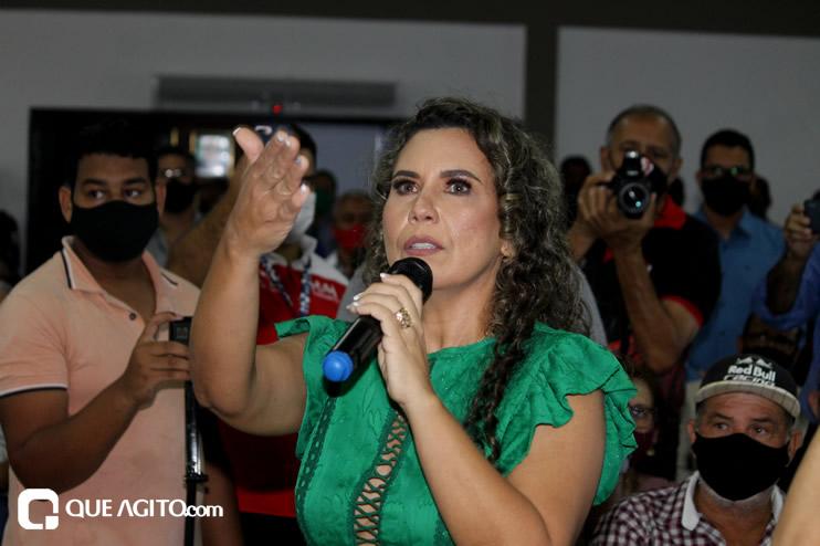 Cordélia toma posse e ex-prefeito Paulo Ernesto participa por vídeo-chamada 123