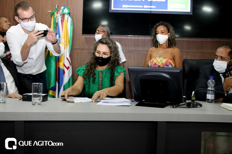 Cordélia toma posse e ex-prefeito Paulo Ernesto participa por vídeo-chamada 138