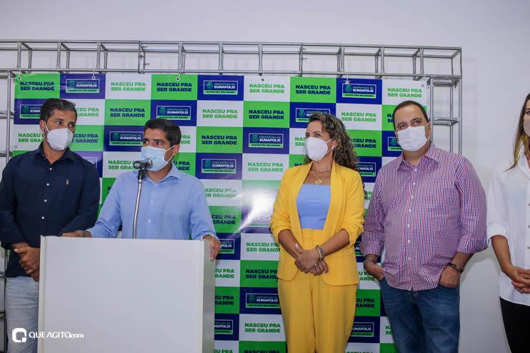 Cordélia Torres recebe ACM Neto em Eunápolis 78