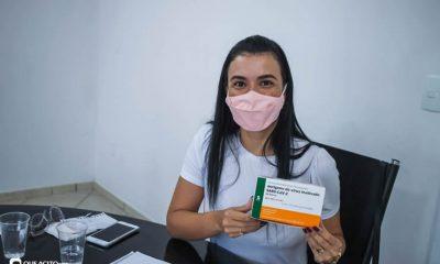 Eunápolis: Secretária municipal de saúde Anara Sartório, concede entrevista coletiva informando cronograma inicial da vacina contra covid-19 30