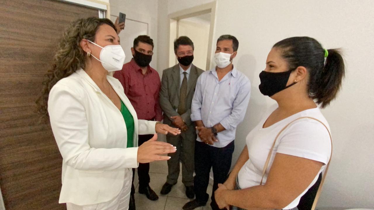 "Prefeita Cordélia Torres visita secretarias e reafirma: ""o gabinete é nas ruas"" 27"