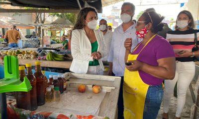 Prefeita Cordélia garante aos feirantes isenção de taxa por 90 dias 34