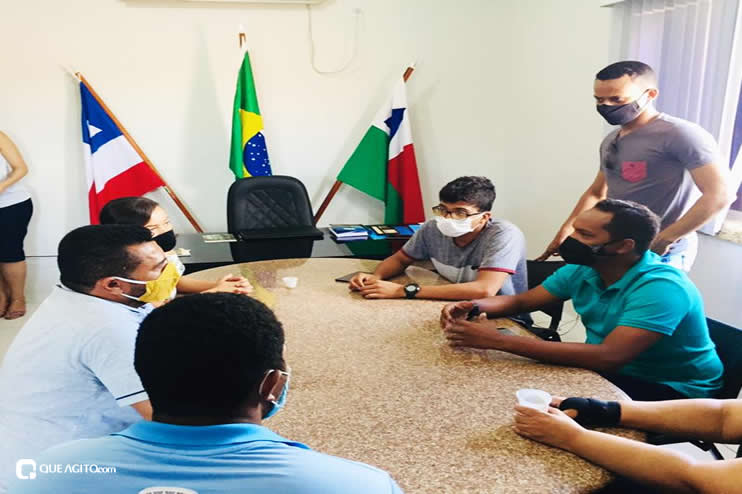 Luizinho e Sindiacser buscam solução para pagamentos de salários atrasados entre outras demandas da classe 24