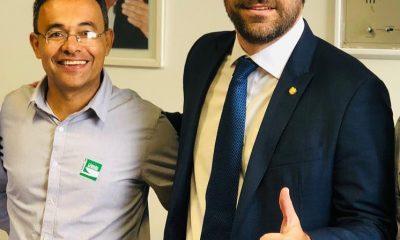Presidente do PSDB-BA comemora eleição de prefeito do partido para Associação dos Prefeitos do Extremo-Sul 13