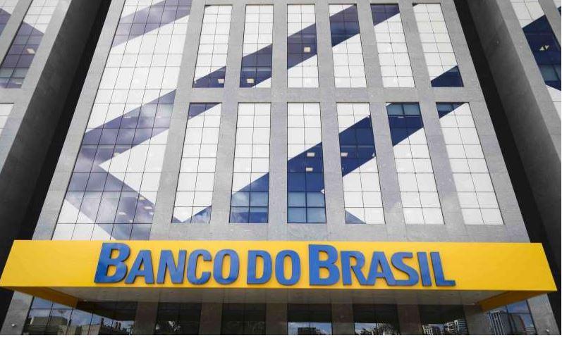 Banco do Brasil vai fechar agências e demitir 5.000 funcionários 18