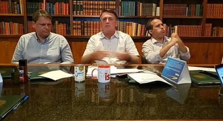Volta de auxílio emergencial 'vai quebrar o Brasil', diz Bolsonaro 18