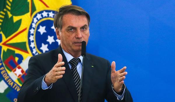 """Bolsonaro diz que a Ford não falou a """"verdade """" e critica Rui Costa; """"não teve a capacidade de se antecipar ao problema"""" 18"""