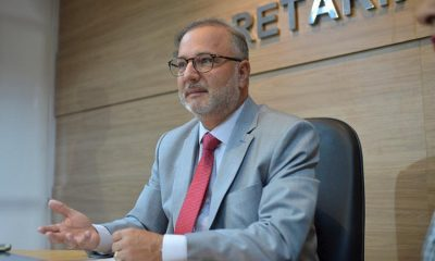 Secretário de Saúde da Bahia, Fábio Vilas-Boas testa positivo para Covid-19 16