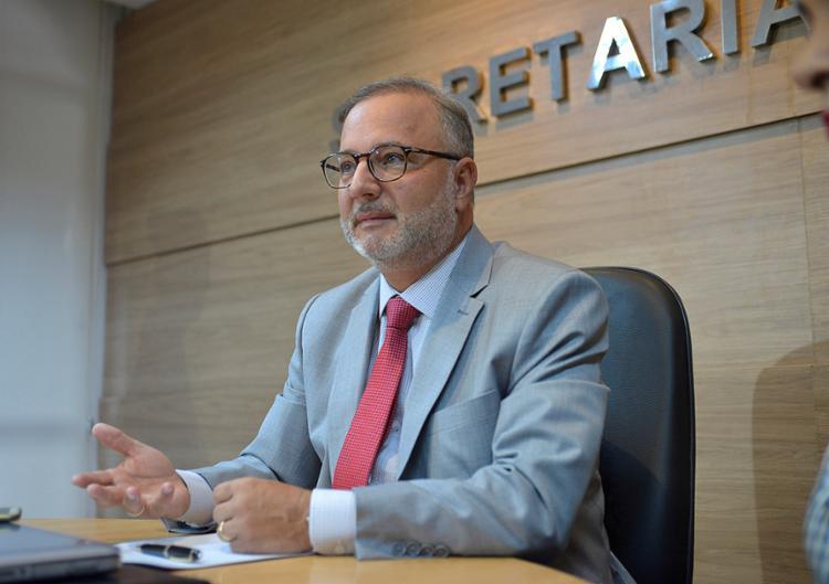 Secretário de Saúde da Bahia, Fábio Vilas-Boas testa positivo para Covid-19 18
