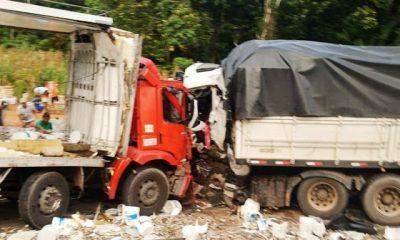 Itabela – Colisão frontal entre 2 caminhões deixa um morto e outro gravemente ferido 16