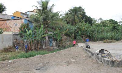 Limpeza na Feira do Bueiro anima feirantes, em Eunápolis 18