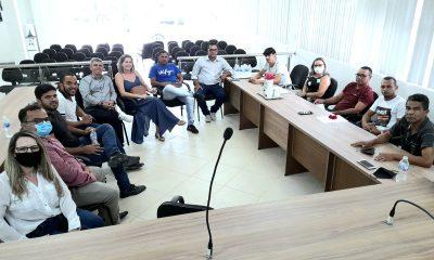 ITABELA - Maioria dos participantes da enquete querem sessão da Câmara à noite 23