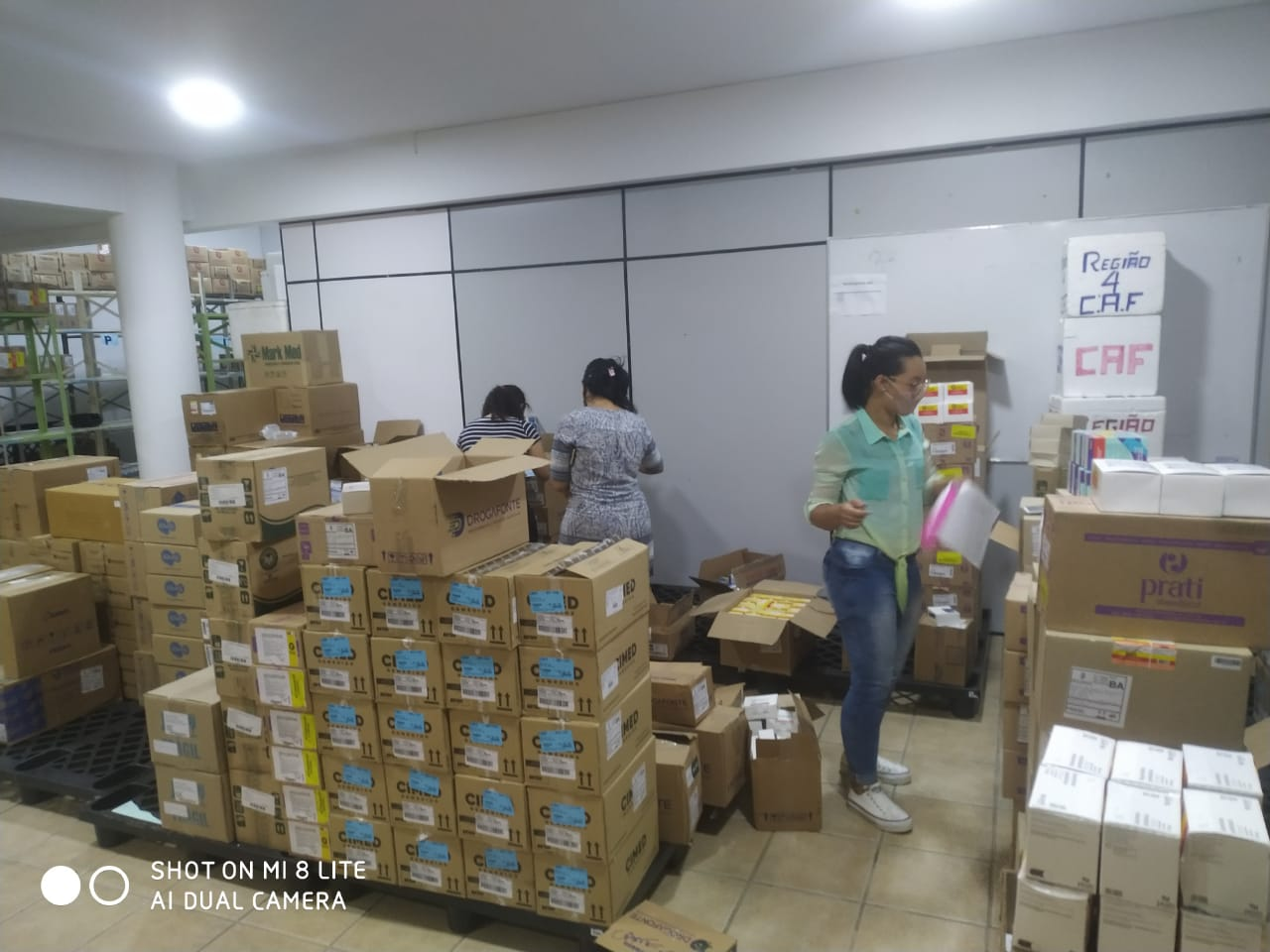 Eunápolis recebe medicamentos para a rede municipal de Saúde 21
